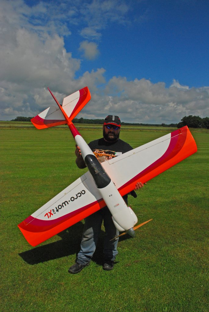 Mark Osbourne with his Acrowot XL and Xenoah petrol engine